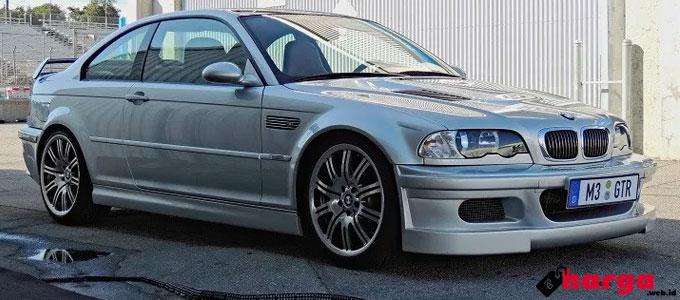 BMW M3 GTR - hooniverse.com