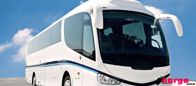 Bus Pariwisata - (Sumber: mawaholiday.com)