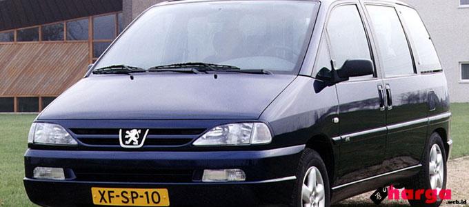 Peugeot 806 - www.autoevolution.com
