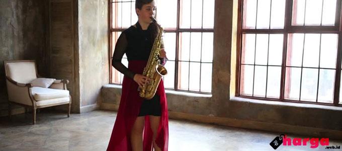 Saxophone - www.shutterstock.com
