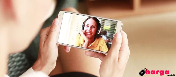 Video Call - (Sumber: shutterstock.com)