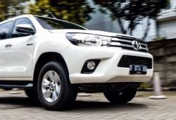Harga Toyota Hilux Double Cabin 2016 Second