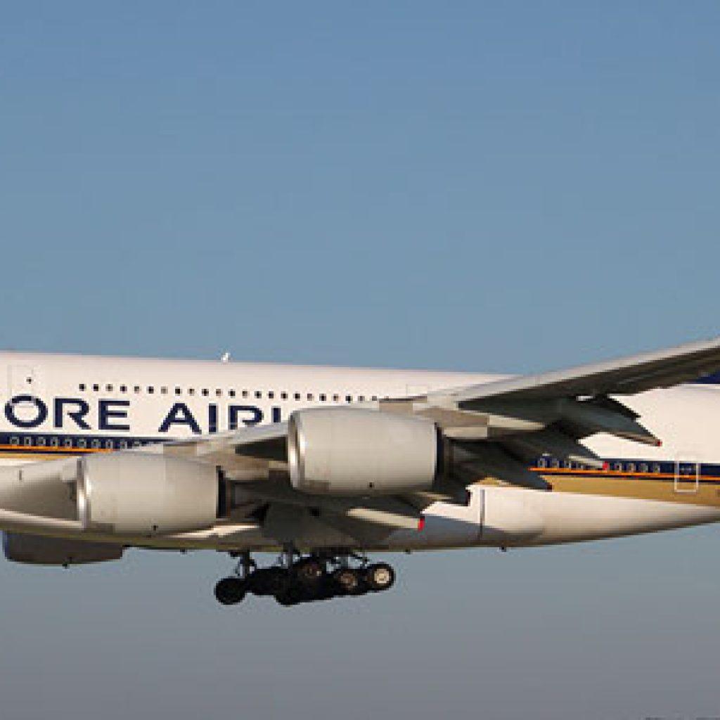AirAsia, bandara, garuda indonesia, internasional, jadwal, Lion Air, penerbangan, singapura