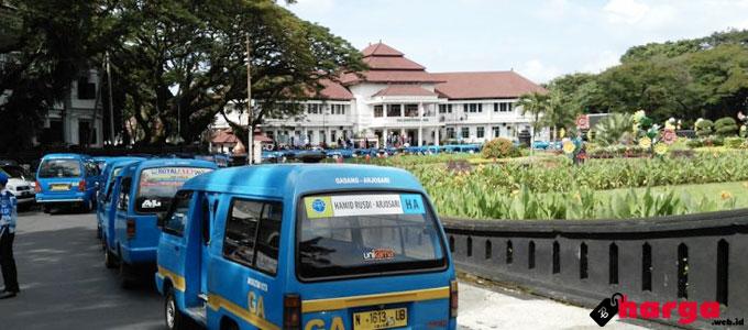 Angkutan Kota di Malang - (Sumber: malang.merdeka.com)