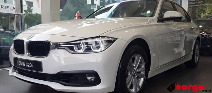 BMW 320i Sport - oto.enbac.com