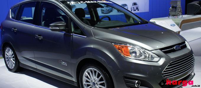 Mampu Berkendara Hingga 33 Kilometer Tanpa Bensin, Berapa Harga Mobil Ford C-Max Energi?