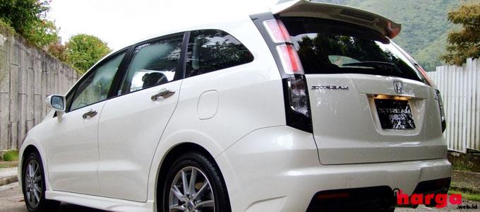 Mobil Honda Stream - (Sumber: mobilku.org)