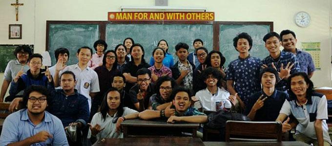 SMA Kolese De Britto Yogyakarta - www.zetizen.com