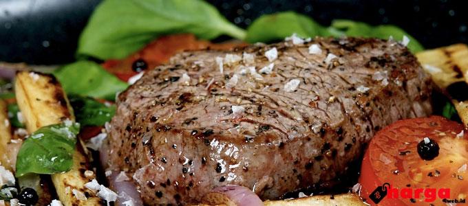 cabang, harga, keluarga, kualitas, lengkap, makan, makanan, minuman, pelanggan, populer, restoran, terbaru