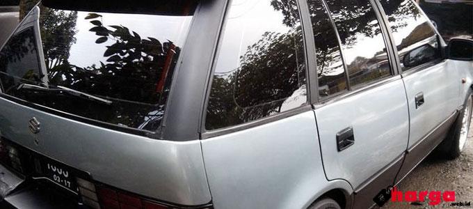 Suzuki Amenity Tampak Belakang - (Sumber: mobil123.com)