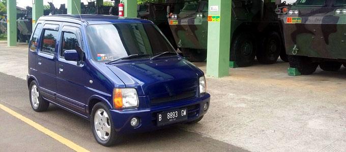 Harga, bekas, mobil, Suzuki, pabrikan, mesin, spesifikasi, Karimun, city car, interior, desain, kotak, 2006, kabin, kendaraan, bekas, desain