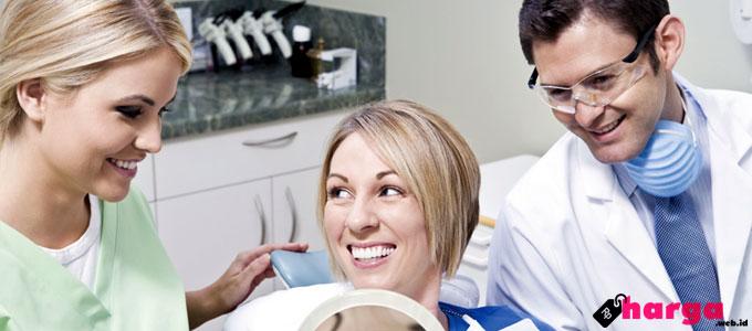 Berapa Biaya Untuk Merapikan Gigi Yang Tonggos Gingsul Atau