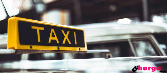Taksi, Malang, angkutan, publik, tarif, online, Mandala, armada, mobil, sedan, MPV, peraturan, sistem, telepon, pemesanan, aplikasi, Mandala