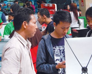 Harga diskon termurah notebook, printer, smartphone, dan tablet di Hi-Tech Mall