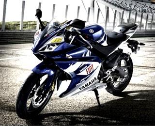 Harga Dan Spesifikasi Produk Sepeda Motor Yamaha Terbaru, Yamaha R25
